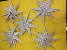 CraftBomb origami stars by Depot Arts Origami Stars, Botanical Gardens, Craft Ideas, Diy Crafts, Invitations, Crafty, Creative, Fun, Inspiration