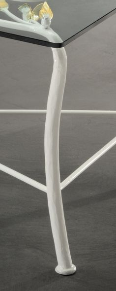 ta/210 Side Table iron and glass Bellart