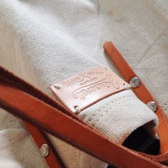 Detail starp and canva Leather Gifts, Leather Craft, Leather Bag, Backpack Bags, Tote Bag, Canvas Crafts, Leather Design, Canvas Leather, Swag