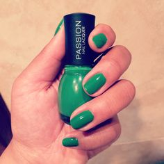 Going green with this gorgeous colour!