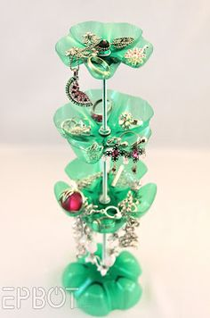 Jewelry stand made from Moutain Dew bottles. So eay and cute!