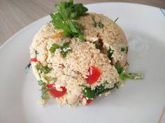 Tofu na šampiňónoch s chrumkavou zeleninou a kuskusom / bulgurom