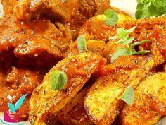 ΜΟΣΧΑΡΙ ΚΟΚΚΙΝΙΣΤΟ ΜΕ ΤΗΓΑΝΙΤΕΣ ΠΑΤΑΤΕΣ COUNTRY - Νόστιμες συνταγές της Γωγώς! Ratatouille, Tandoori Chicken, Ethnic Recipes, Food, Essen, Meals, Yemek, Eten