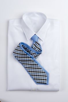 Check Print w/ Blue Background Check Printing, Blue Backgrounds, Tie, My Love, How To Wear, Accessories, Products, Fashion, Moda