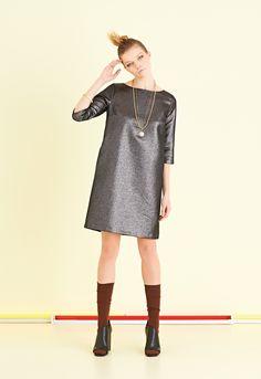 Abito basic in tessuto di lana e lurex bicolore. 49% poliestere - 36% acrilica - 15% lana | #ottodAme #FW15