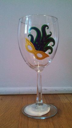 Hey, I found this really awesome Etsy listing at https://www.etsy.com/listing/177043254/mardi-gras-wine-glass