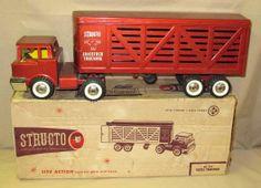 Structo Cattle Truck w/ original Box Vintage Trucks, Vintage Toys, 1980 Toys, Farm Toys, Truck Camper, Toy Trucks, Tin Toys, Retro Toys, Classic Toys