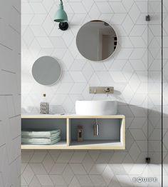 Love the tile / Rhombus Diamond Tile Backsplash Pattern Marble Bathroom Floor, Bathroom Flooring, Tile Flooring, Bad Inspiration, Bathroom Inspiration, Rhombus Tile, Bathroom Toilets, Bathroom Sinks, Modern Bathroom