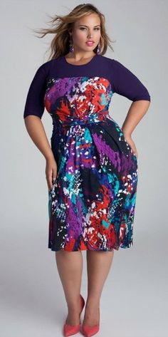 Modest knee length plus size dress with sleeves | Mode-sty
