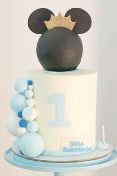 Check out this regal Mickey Mouse birthday party! The cake is fantastic! See more party ideas and share yours at CatchMyParty.com I Party, Party Ideas, Mickey Mouse Birthday Cake, Mickey Mouse Photos, Prince Party, Gorgeous Cakes, Food Ideas, Check, Cakes