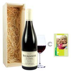 Bourgogne Pinot Noir in een gepersonaliseerde fles.