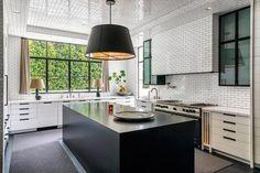 Retro Home Decor, Unique Home Decor, Cheap Home Decor, Decoration Ikea, Entryway Decor, Playroom Decor, Bedroom Decor, Luxury Homes Interior, Home Interior