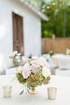 Romantic table flora