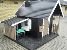 Perfect playhouse with carport http://www.legehytten.dk/global/functions/print.asp?ulang=2