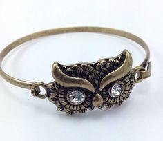 Fashion Gold Brass Tone Owl Rhinestone Dangle Bracelet
