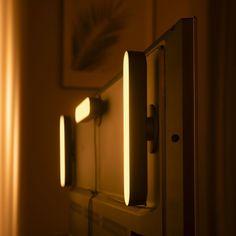 Philips Hue Play White & Color Ambiance Tischleuchte Schwarz - Erweiterung | PHILIPS Hue | 7820330P7 - click-licht.de #light #licht #leuchte #interieurdesign #interieur #lampe #dekoration #dekoideen #philips #philipshue #smarthome #smartlighting #led #interior #wohnzimmer #esszimmer #schlafzimmer #kueche #flur   #innenleuchten #beleuchtung #leuchte #light