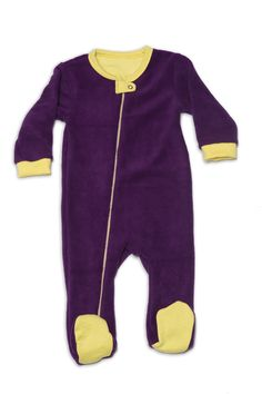 Nino Bambino's Super Soft, Anti Pill, Micro Polar Fleece Body is 100% Polyester Full Sleeve Romper. This product is best suitable for little babies and kids who can be covered in cold weather, keeping them comfortable and warm. - See more at: http://www.ninobambino.in/Romper/Side-Zipper-Romper-id-801459.html#sthash.RVNg8SWy.dpuf