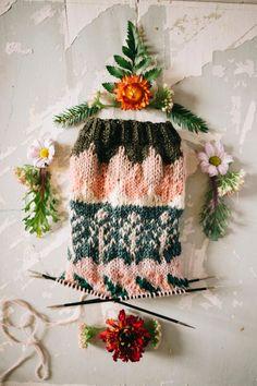 MUITAIHANIASYYSSUKAT ALUSTA LOPPUUN – MUITA IHANIA Color Schemes, Knit Crochet, Knitting, Crocheting, Crochet Hooks, Ganchillo, Tricot, Colour Schemes, Crochet