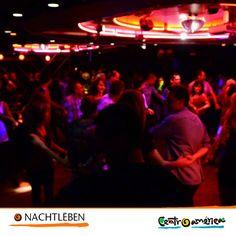 Wusstest du, dass in Zentralamerika zahlreiche Orte gibt in denen du Tanzen oder ein guten Cocktail trinken kannst? Komm hab viel Spass mit deinen Freunden!
