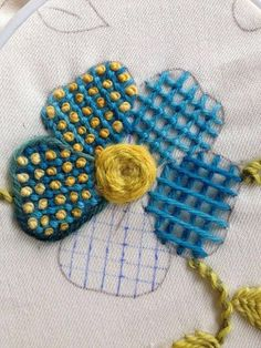 Marvelous Crewel Embroidery Long Short Soft Shading In Colors Ideas. Enchanting Crewel Embroidery Long Short Soft Shading In Colors Ideas. Crewel Embroidery, French Knot Embroidery, Embroidery Stitches Tutorial, Hand Embroidery Patterns, Embroidery Techniques, Embroidery Applique, Cross Stitch Embroidery, Embroidery Designs, Broderie Simple