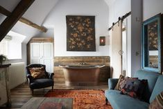 Artist Residence Oxfordshire is a quirkily stylish country boutique hotel and restaurant with 7 bedrooms nestled in the beautiful Cotswolds countryside. Country Boutique, A Boutique, Best Boutique Hotels, Best Hotels, Countryside Hotel, Copper Bath, Inglenook Fireplace, Soho House, Modern Bathroom