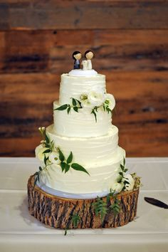 Rustic Wedding Cake, so simple I love it!
