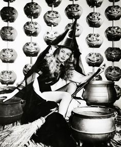 """Veronica Lake in """"I Married A Witch"""" 1942"""