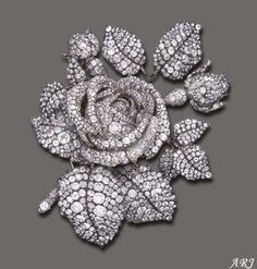 French Royal Jewels: Mathilde Bonaparte's Tudor Rose Brooch