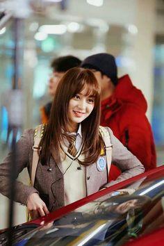 Kim ji won 김지원 - cameo on why I'm getting married I Got Married, Getting Married, Seo Dae Young, New Korean Drama, Back To School Fashion, Kim Ji Won, Song Joong Ki, Kim Woo Bin, Park Shin Hye