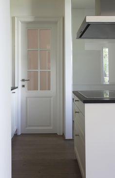 House Doors, Room Doors, Door Design Interior, Interior Decorating, Interior Doors, Small Toilet Room, Classic Doors, Hallway Designs, Basement Bedrooms