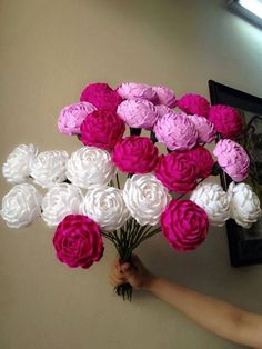 Diy Paper Flowers Step By Step Watches 24 Trendy Ideas Crepe Paper Flowers Tutorial, How To Make Paper Flowers, Paper Crafts Origami, Tissue Paper Flowers, Paper Roses, Diy Paper, Handmade Flowers, Diy Flowers, Fabric Flowers