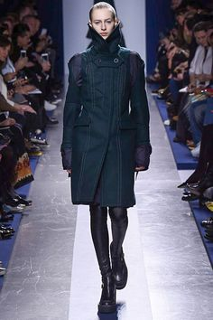 Sacai - Fall 2015 Ready-to-Wear - Look 1 of 42 The first coat of the season that's NoT Max Mara style and that's everybody, from NY To Paris, felt compelled to put in their marketing aware collections. Bravo Sacai