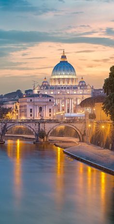 Rome, Italy | Whether it's the Colosseum, the Sistine Chapel, St. Peter's Basilica, or simply put - the gelato – Rome is a city filled with architectural masterpieces and world-class cuisine. Cruise with Royal Caribbean to Rome, Italy and get started on the pursuit of la dolce vita. #Rome