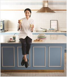 [요리&레시피] '델리만주' 유민주 파티시에와 함게 만든 연인들의 디저트 Desk, Furniture, Home Decor, Style, Writing Table, Desktop, Decoration Home, Writing Desk, Home Furnishings