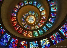 Oh, this is beautiful!  #spiral_staircases #stained_glass #glass