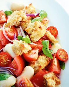 Tomato bread salad recipe - Recipe for tomato bread salad on food and drink. A recipe for 4 servings. And other recipes in the - Soup Appetizers, Vegan Appetizers, Appetizer Recipes, Salad Recipes Video, Salad Recipes For Dinner, Picnic Recipes, Vegetarian Grilling, Grilling Recipes, Healthy Vegetable Recipes