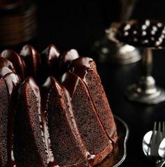 Bolo de chocolate com um toque de café