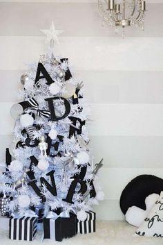 Albero di Natale bianco e nero