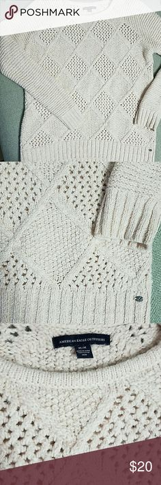 American Eagle Chunky Cable Knit Sweater American Eagle Chunky Cable Knit Sweater size medium, light pink color, very soft and comfortable, good condition with some pilling and pulling. Please message me if you have any questions! American Eagle Outfitters Sweaters Crew & Scoop Necks
