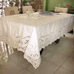 TOALHA DE MESA BORDADO RICHELIEU MIUDINHO (3,0X1,90M) // Tecido Percal  100% Algodão. // Bordado na Linha 100% Algodão. // Acompanha 8 Guardanapos Richelieu. // na loja virtual http://www.bordadosdoceara.com.br/produtos/mesa/toalha-de-mesa-bordado-richelieu-miudinho-3-0x1-90m-detail.html // WhatsApp 85 98959.9107