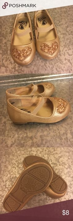 Children's Place toddler flats Gold flats with stretchy strap. Toddler size 4. Children's Place Shoes