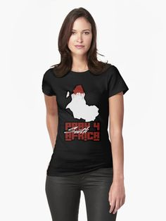 & # Nessie & # T-Shirt von rancorousfish - Frauentag Graphic T Shirts, Chemise Fashion, Yandere Simulator, Pullover, Trends, Shirt Style, Chiffon Tops, V Neck T Shirt, Tee Shirt