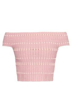 ALEXANDER MCQUEEN Off-The-Shoulder Knitted Crop Top. #alexandermcqueen #cloth #top
