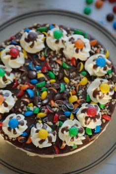 MM cheesecake (no bake) Baby Food Recipes, Sweet Recipes, Cooking Recipes, Yummy Treats, Sweet Treats, Yummy Food, High Tea, No Bake Cake, Cupcake Cakes