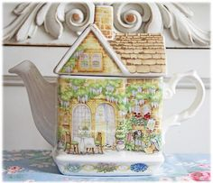 Be Dazzled Collection: Island of English Teapots...I really do collect these !  REALLY !!!!Prefer 2nd war !