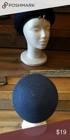 Navy Blue hat Navy blue hat with woven straw. This item is vintage from the 1990s. Super cute and casual piece! Accessories Hats