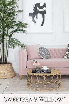 Calling all interior creatives, influencers, bloggers and interior designers. We have some huge news for you to be announced on Monday 1st February. You really won't want to miss what we have to say. We're bursting but can't tell for another couple of days. Can you guess what the news it is??? Pictured here our modern deep buttoned pink velvet sofa. #sweetpeaandwillow #interiordesign #interiorevent #annoucement #interiornews #homeinteriors Home Bedroom, Bedroom Decor, Sweetpea And Willow, Pink Sofa, Luxury Sofa, Luxury Homes Interior, Interior Decorating, Apartments Decorating, Decorating Bedrooms