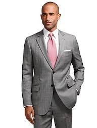 Tropical: tecido fino de lã pura ou mista, com ligamento tela, usado para ternos.