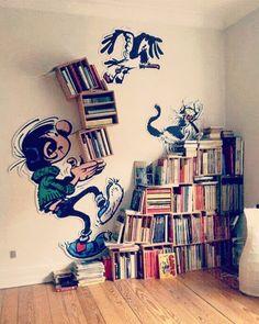 "375 Likes, 6 Comments - Bookstr (@bookstr_) on Instagram: ""What a cute little bookshelf : i.pinimg.com #bookstagram #bookshelf #books #bibliophile…"""