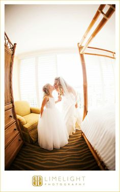 Bride, Kiss, Child, Tradewinds Island Resort, Wedding Photography, Limelight Photography, www.stepintothelimelight.com